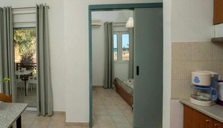 4 Person Room Single